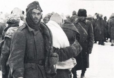 Soldati italiani durante la ritirata di Russia (Immagine d'archivio)