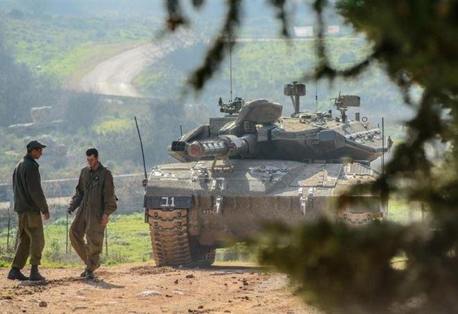 Truppe di Israele sulle alture del Golan (LaPresse)