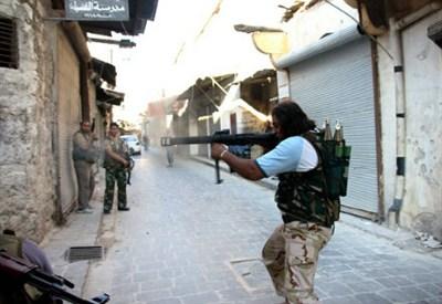 Un guerrigliero siriano (Foto: Infophoto)