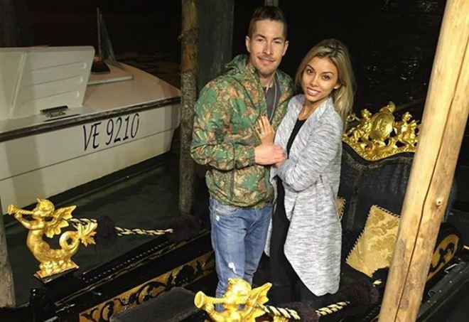 Nicky Hayden con Jacqueline Marin (dal profilo Instagram @jpunk_)
