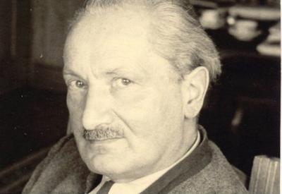 Martin Heidegger (1889-1976; immagine d'archivio)