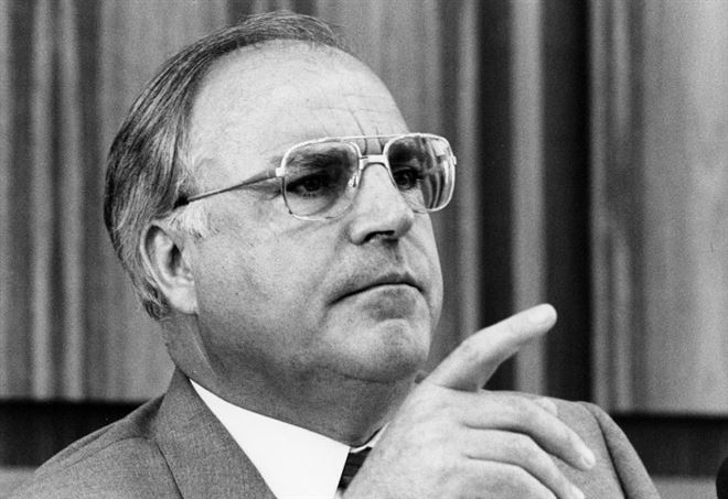 Helmut Kohl (1930-2017) nei primi anni Ottanta (LaPresse)