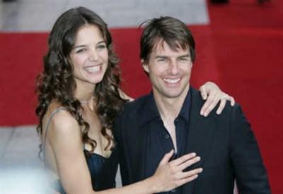 Tom Cruise con la moglie Katie Homes (foto Ansa)