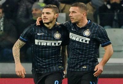 Mauro Icardi con Lukas Podolski (Infophoto)