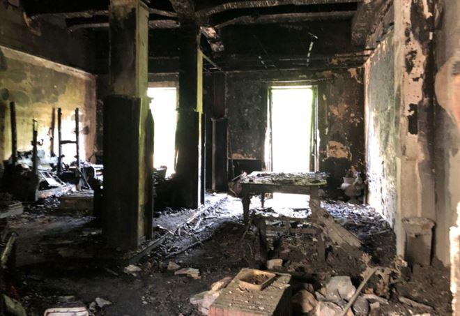 Incendio messina francesco 13 anni muore per salvare il fratellino il bene vale pi della vita - Casa della moquette messina ...