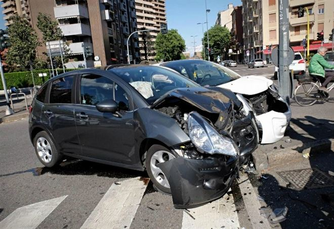 Incidente stradale (Foto: LaPresse)