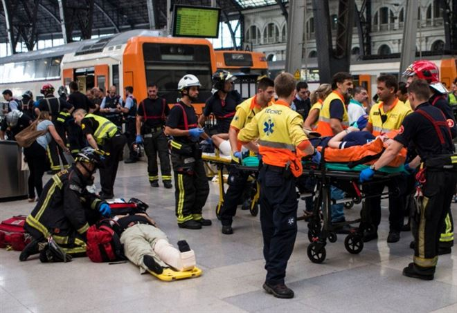 Svizzera: scontro fra treni, 30 feriti