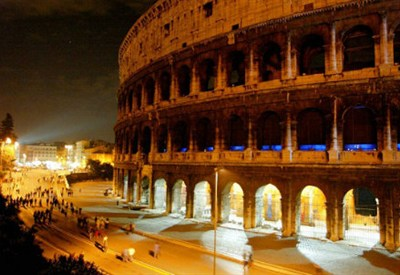 Il Colosseo, infophoto