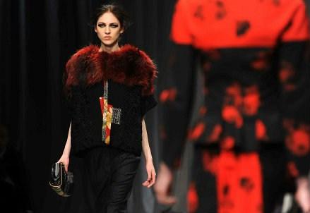 SETTIMANA DELLA MODA 2015/ Video, Milano Fashion Week: il programma di oggi. La sfilata di Just Cavalli in diretta streaming (giovedì 26 febbraio)
