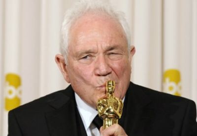 David Seidler with his Oscar