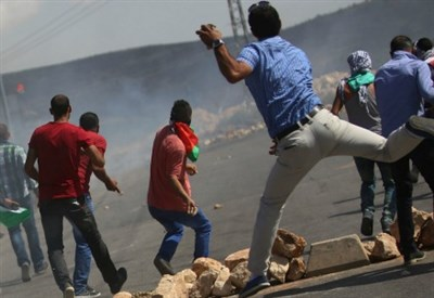 Scontri in Palestina (Infophoto)