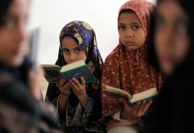 15enne promessa sposa torino ragazza egiziana tolta alla - Perche le donne musulmane portano il velo ...