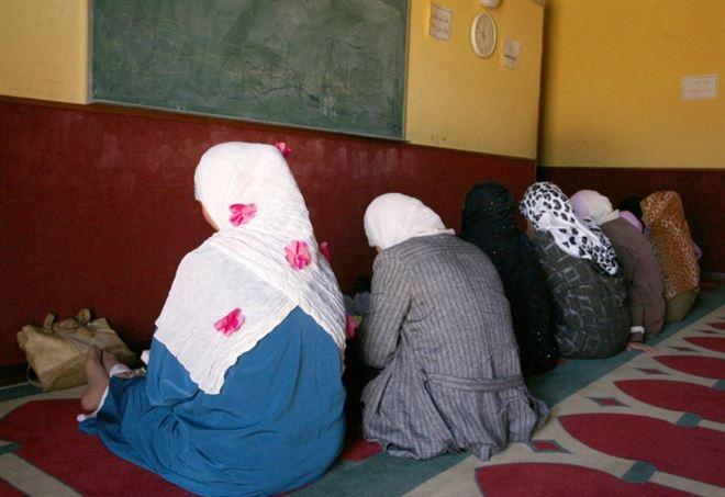 Niente pane e mortadella per i piccoli sportivi: turba i ragazzini islamici