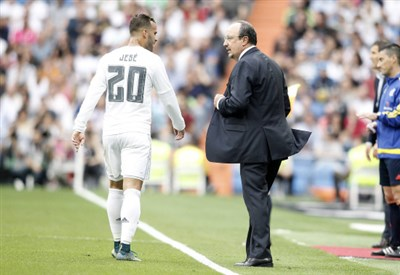 Jese Rodriguez, 23 anni, con Rafa Benitez, 55 (INFOPHOTO)