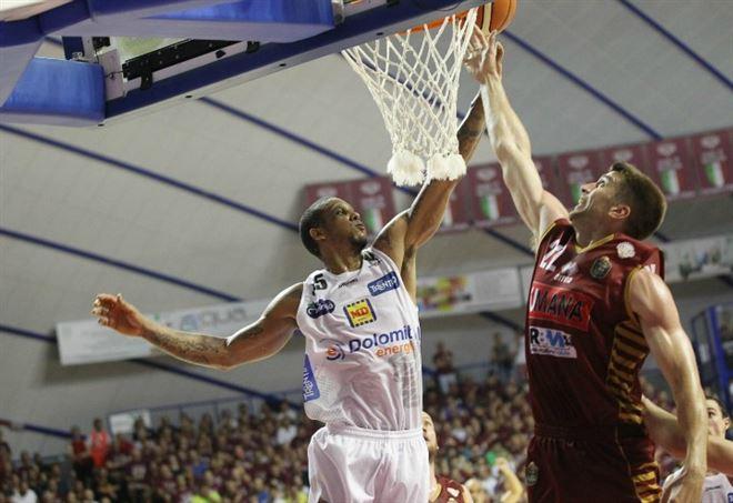 Playoff basket Lega A 2017 finali scudetto diretta Trento-Venezia gara-3
