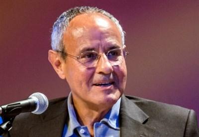 Julián Carrón
