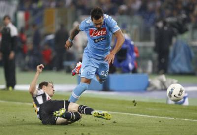 Un'immagine di un precedente fra Juventus e Napoli (Infophoto)