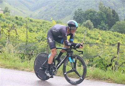 Vasil Kiriyenka in azione (da Facebook Giro d'Italia)