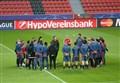 Video/ Bayer Leverkusen-Barcellona (1-1): highlights e gol della partita. Messi si è infortunato? (Champions League 2015-2016, girone E)