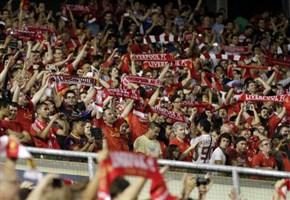 Coro Balotelli-Liverpool/ Video, i tifosi Reds cantano: Mario fantastico, Mario magnifico