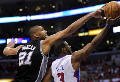 Un giocatore nero dei Los Angeles Clippers