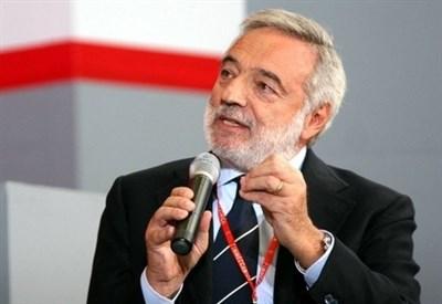 Luigi Nicolais (Infophoto)