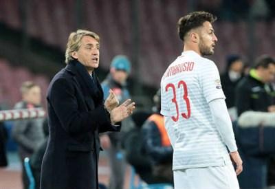 Roberto Mancini e Danilo D'Ambrosio (Infophoto)