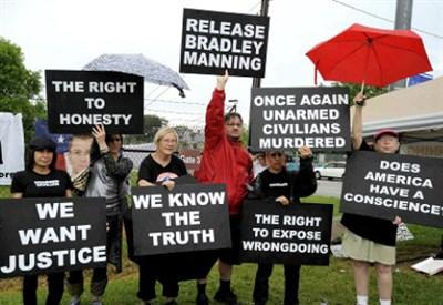 Manifestazione per la libertà del soldato Manning, foto InfoPhoto