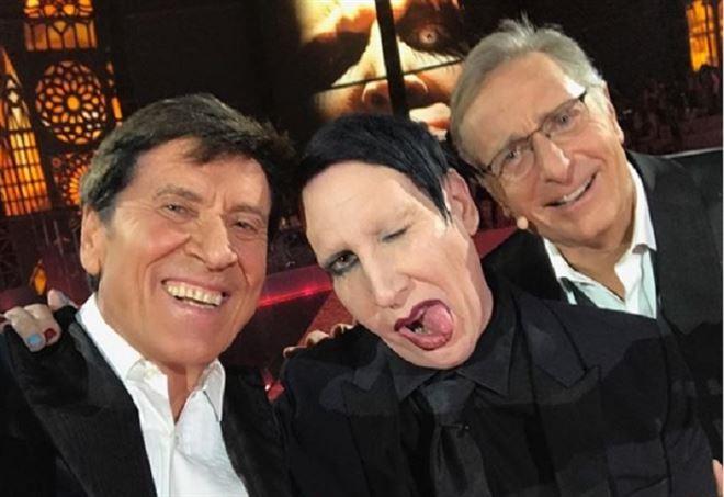 Il selfie Manson-Morandi-Bonolis