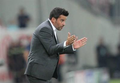 Il portoghese Marco Silva, 38 anni, allenatore dell'Olympiacos (INFOPHOTO)