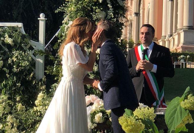 Matrimonio Filippa Lagerback : Matrimonio daniele bossari e filippa lagerback un dono