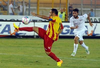 Fabrizio Miccoli, attaccante Lecce (Foto Infophoto)