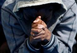 SOMALO INCITATO AL SUICIDIO/ Quando il Cielo si fa troppo buio, Dio suscita i suoi santi