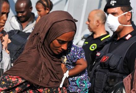 STRAGE MIGRANTI/ Mussie Zerai: il piano B dell'Europa aiuta i trafficanti