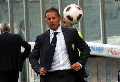 Sinisa Mihajlovic inizia la seconda stagione alla guida della Sampdoria (Infophoto)