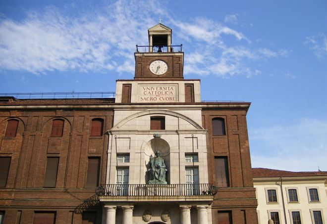 Cl universita 39 cattolica melloni un caccia alle for Universita milano