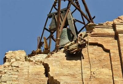 Mirandola dopo il terremoto (Infophoto)
