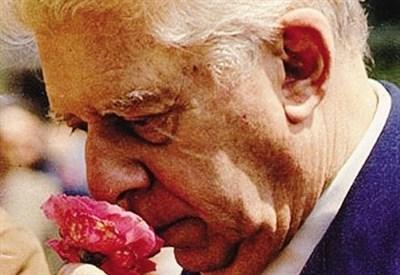 Eugenio Montale (1896-1981) (Immagine d'archivio)