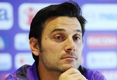 Vincenzo Montella: la sua Fiorentina gioca stasera (Infophoto)