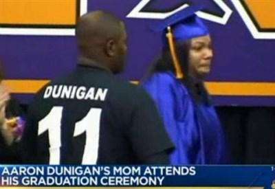 La mamma dello studente morto