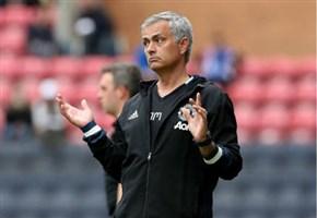"""Lite Conte-Mourinho/ Video news, Antonio esulta e Mou lo attacca: """"Non mi umiliare così!"""" (Chelsea-Manchester United, oggi, 24 ottobre 2016)"""