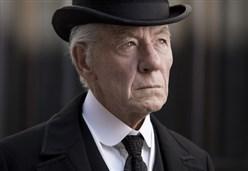 Mr. Holmes - Il mistero del caso irrisolto/ La navigazione del film di Bill Condon