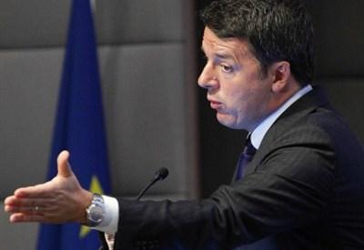DIETRO LE QUINTE/ Renzi contro l'Ue per prendere i voti di Berlusconi e M5s