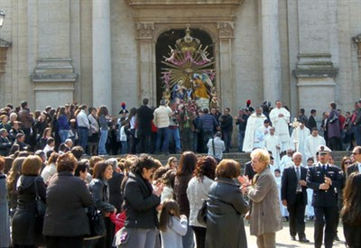 La processione di Oppido Mamertina (Immagine d'archivio)