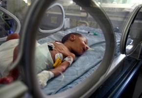 POLONIA/ Aborto fallito, bambino down lasciato in agonia per un'ora fino alla morte