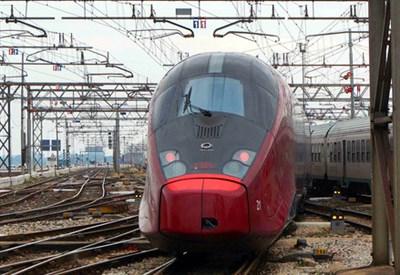 Un treno di NTV (Infophoto)