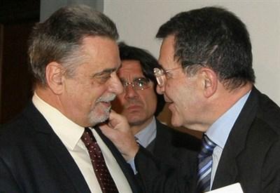 Achille Occhetto con Romano Prodi (Infophoto)