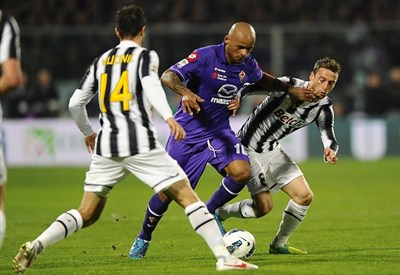 Un precedente fra Fiorentina e Juventus (Infophoto)