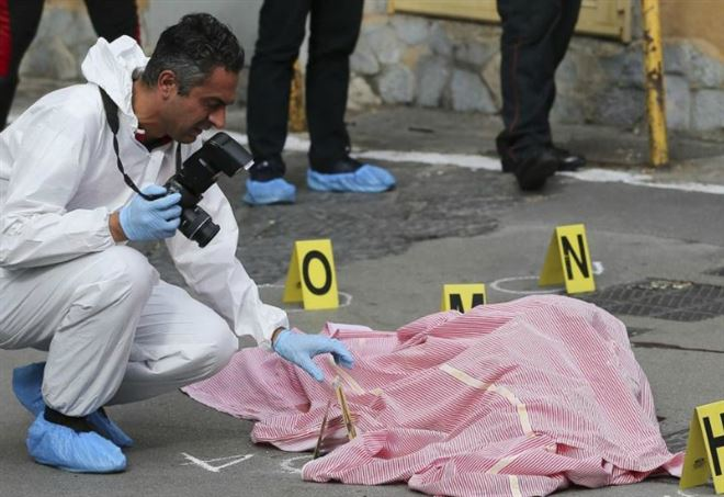 Roma, donna trovata morta in un sottopasso (LaPresse)