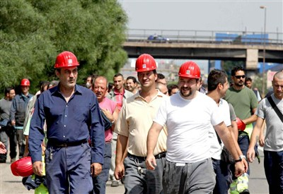 Lavoratori dell'Ilva di Taranto (InfoPhoto)